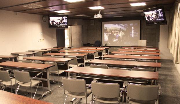 科教教室(JN219)